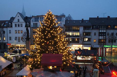 Mittelalterlicher Weihnachtsmarkt.Mittelalterlicher Weihnachtsmarkt Stadt Neu Ulm